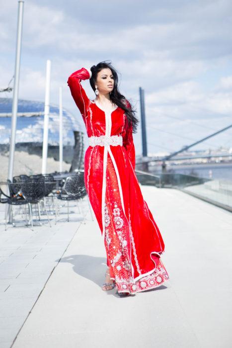Red Marokkan Fashion Duesseldorf High Quality Glamour Dress Photographer Vogue